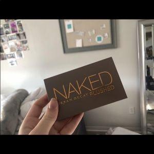 naked flushed pallet
